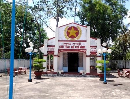 Phủ thờ Bác Hồ tại xã Trí Lực, huyện Thới Bình, Cà Mau...