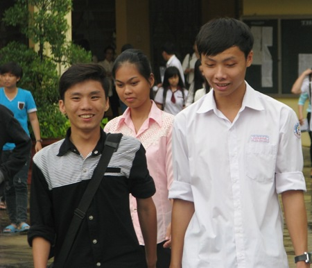 Thí sinh cụm thi Bạc Liêu hoàn thành ngày thi thứ 3. (Ảnh: Huỳnh Hải)