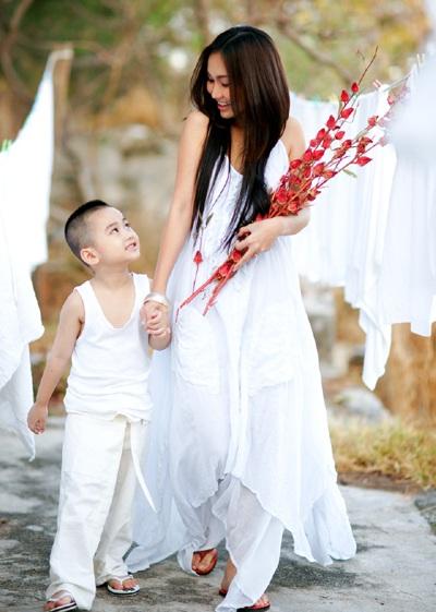 Tâm sự gửi con của những bà mẹ đơn thân - 2