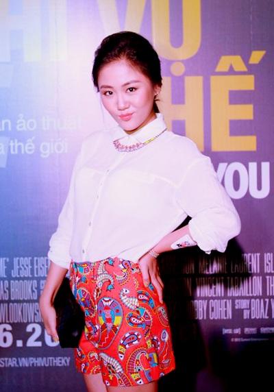 Ca sỹ trẻ Văn Mai Hương