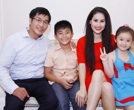 Nữ diễn viên Lê Khánh cũng tham gia một vai trong Ly hôn
