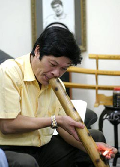 Lần thứ 3 tôi gặp Hữu Ước là tại Hội nghị Nhà văn Việt Nam vừa qua.
