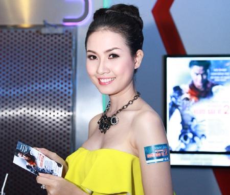 Phan Thị Mơ khá im tiếng sau khilọt vào top 5 cuộc thi Hoa hậu Việt Nam 2012