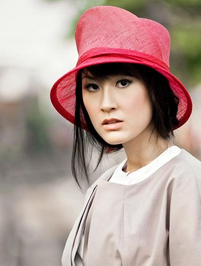"""Kathy Uyên: """"Anh ấy yêu Việt Nam vô cùng"""""""