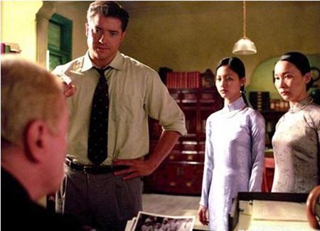 Mai Hoa và Hải Yến trong phim Người Mỹ trầm lặng