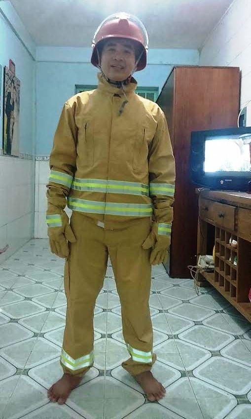 Anh Vũ trong bộ đồng phục tham gia Hội thao Phòng cháy chữa cháy TPHCM.