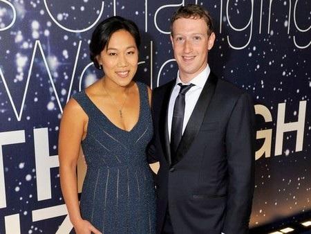 Ông chủ Facebook Mark Zuckerberg và vợ đang rất háo hức chờ đợi đứa con gái đầu lòng