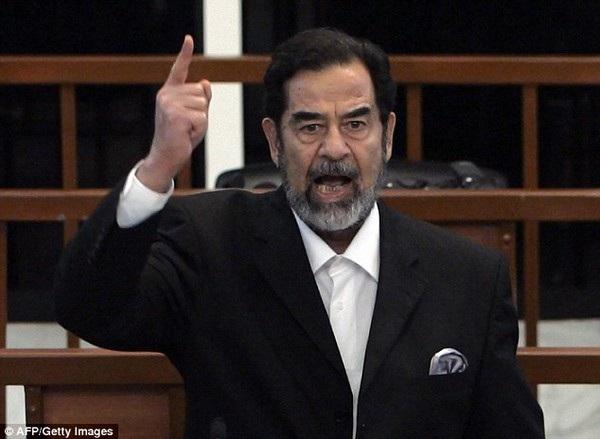 Muốn được hoàn tiền, Sharakat Hussain cần phải chứng minh với Apple rằng mình không phải là Saddam Hussein, người đã bị xử tử hình vào năm 2006