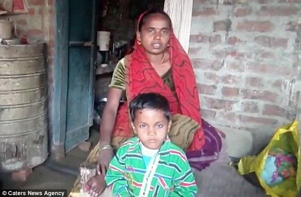 Người vợ Manjhri cho rằng người chồng suốt ngày say xỉn khiến cô không muốn gần gũi