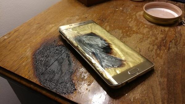 Thêm một chiếc smartphone của Samsung phát nổ - 1
