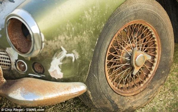 Tình trạng chiếc xe đã bị xuống cấp trầm trọng