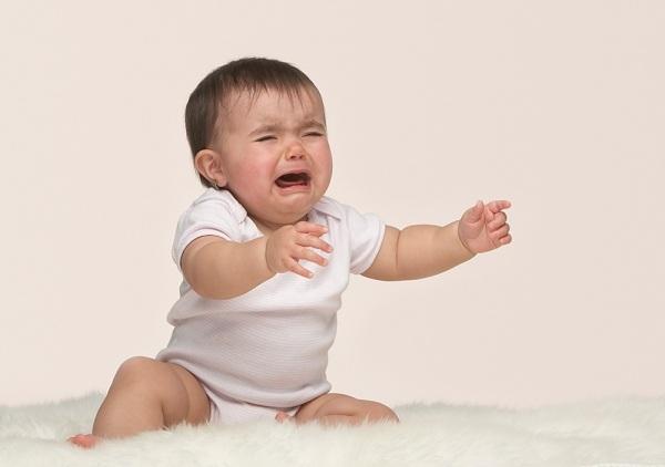 Thuốc thụt hậu môn là nguyên nhân gây ra vòng xoáy táo bón - biếng ăn - táo bón ở trẻ nhỏ.