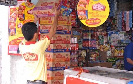 Kinh Đô cũng bắt đầu cuộc chinh phục thị trường mì gói với phân khúc thị trường phổ thông