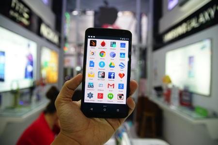 Nexus 6 khởi chạy Android 5.0 Lollipop.