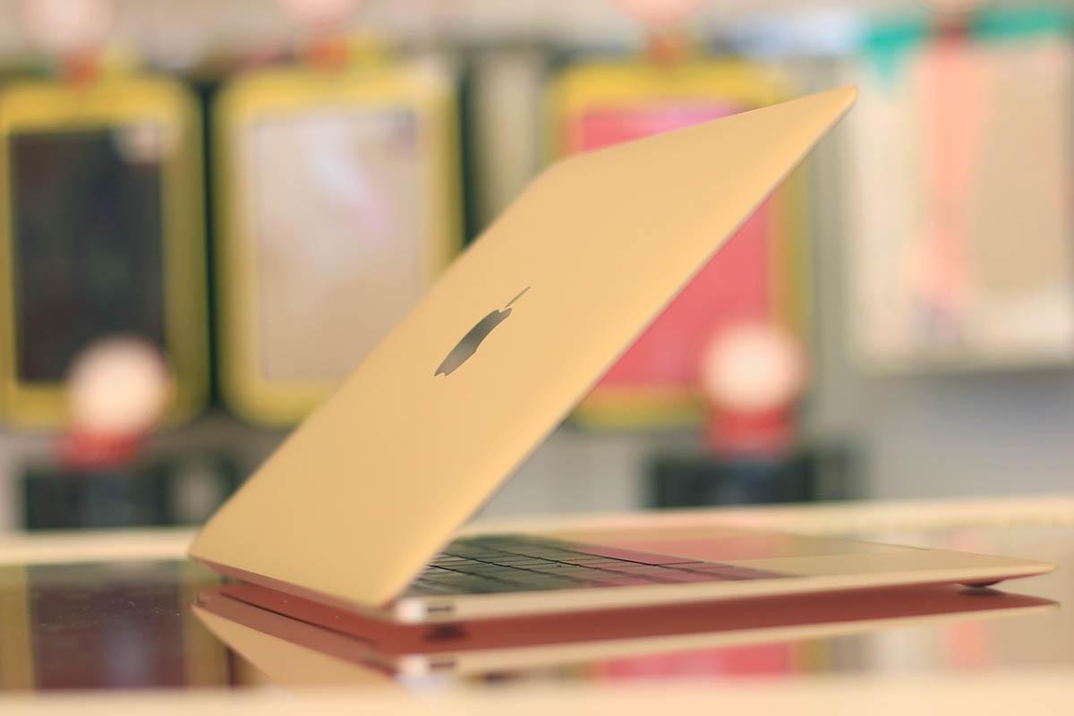 Độ mỏng đạt 13,1 mm với các cải tiến trong bàn phím lẫn touchpad