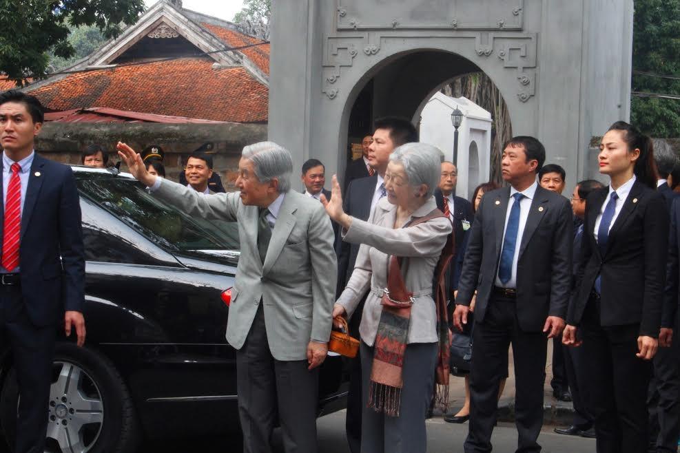 Cuộc gặp giản dị, xúc động của Nhật hoàng với cựu du học sinh Việt Nam - 10