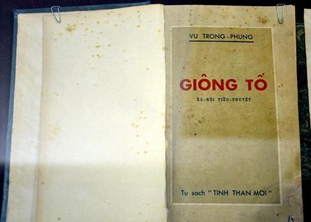 Bản in đầu tiên cuốn sách Giông tố của Vũ Trọng Phụng năm 1951