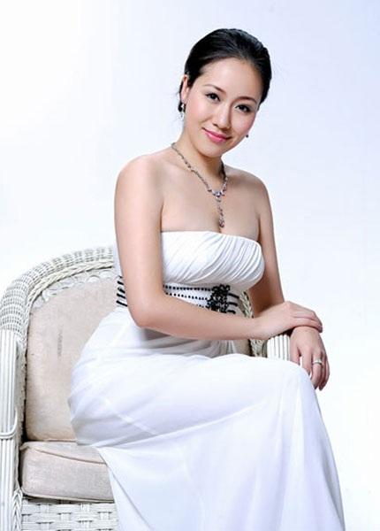 Những hoa hậu được lòng công chúng Việt - 8