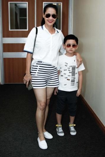 Sao Việt cùng con khuấy đảo sàn catwalk - 10