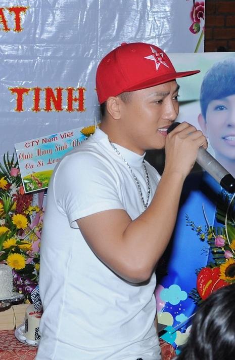 Ca sĩ Châu Khả Phong