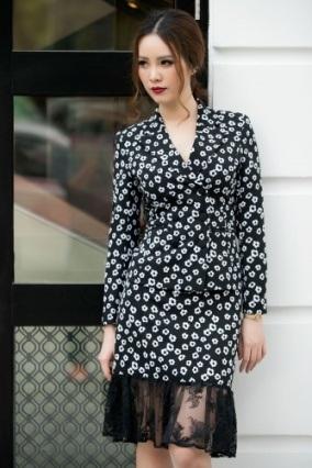 Á hậu Thụy Vân khoe thời trang streetstyle ngọt ngào, nữ tính - 2