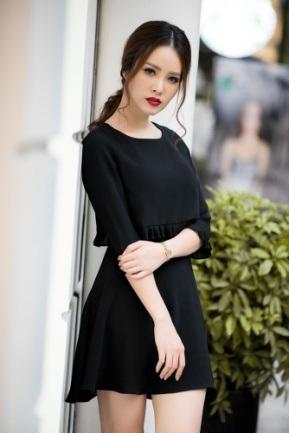 Á hậu Thụy Vân khoe thời trang streetstyle ngọt ngào, nữ tính - 14