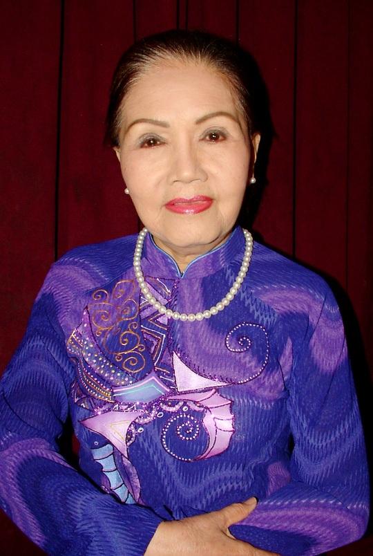 Nét đẹp phúc hậu của nghệ sĩ cải lương Út Bạch Lan