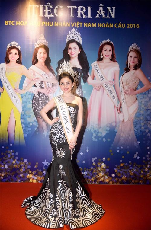 Janny Thủy Trần đã xuất sắc giành được danh hiệu cao nhất của cuộc thi Hoa hậu phu nhân Việt Nam hoàn cầu 2016