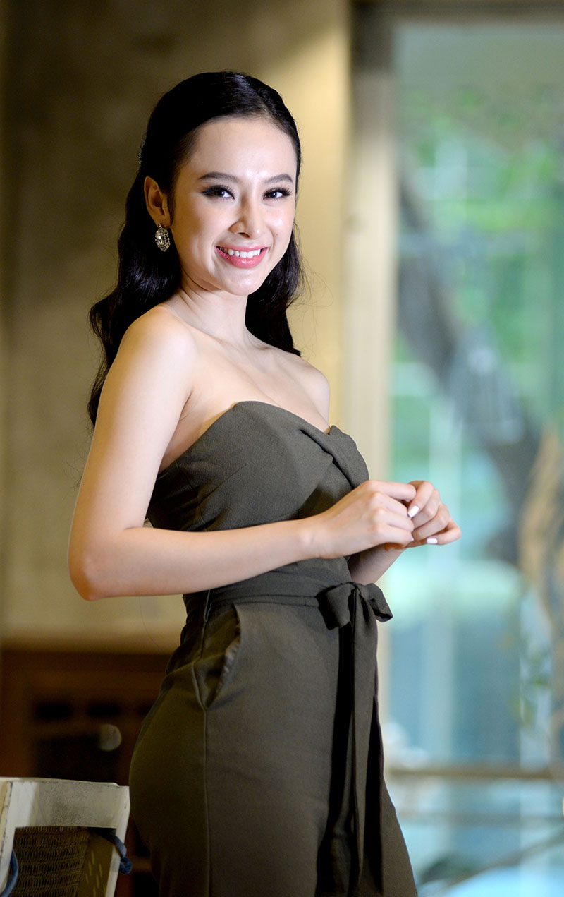 """Angela Phương Trinh: """"Tôi đang đợi một lời tỏ tình"""" - 4"""