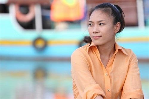 Trong phim, Mỹ Tâm vào vai Linh Đan, là con gái duy nhất của một gia đình thương gia sống ở nước ngoài. Linh Đan luôn mơ ước trở thành ca sĩ nhưng ba mẹ cô không ủng hộ mơ ước đó.