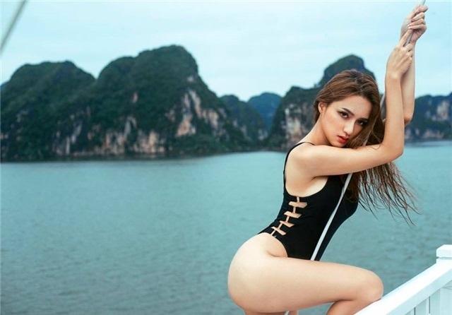 Hương Giang Idol cho biết bản thân cô sẽ tiếp tục theo đuổi hình ảnh này qua bộ ảnh sexy táo bạo mà cô thực hiện ở Vịnh Hạ Long.
