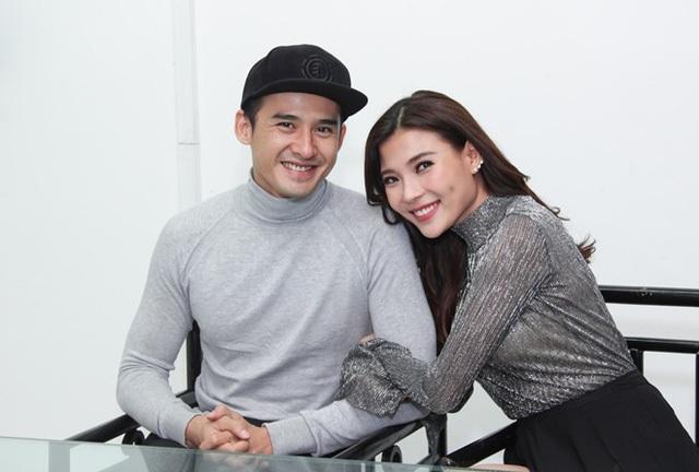 Vào tháng 4/2016 nam diễn viên bất ngờ tuyên bố kết hôn cùng diễn viên Thúy Diễm.