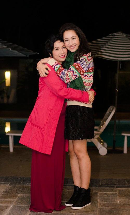 """Những """"mẹ kế"""" sống hạnh phúc bên con chồng của showbiz Việt - 11"""
