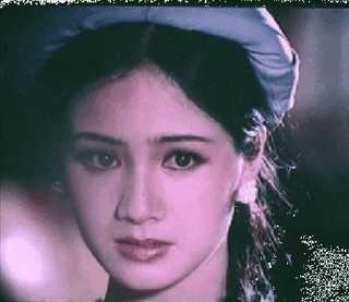 """Sau khi công chiếu, bộ phim đã đưa tên tuổi của Thu Hà trở thành ngôi sao sáng giá của màn bạc Việt, cô còn được mệnh danh là """"mỹ nữ xinh đẹp nhất"""" thời điểm những năm đầu thập niên 1990"""