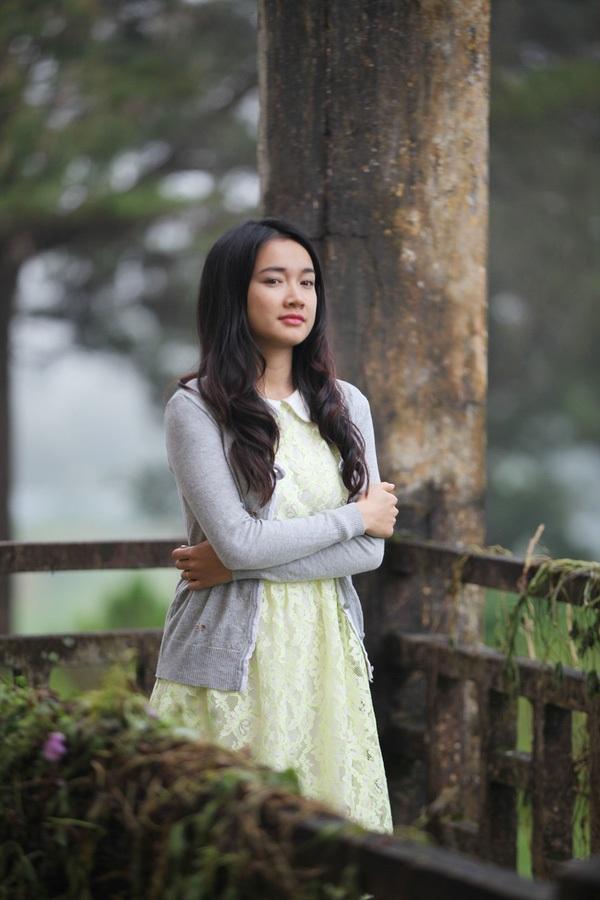 """Vai Linh trong bộ phim kinh dị """"Quả tim máu"""" đã giúp Nhã Phương khẳng định được khả năng diễn xuất linh hoạt không bị đóng khung của mình."""