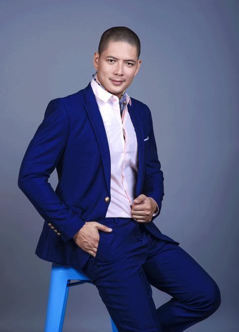 Bình Minh không thuộc lứa người mẫu nam đầu tiên của làng catwalk trong nước nhưng anh được đánh giá cao trong làng mẫu Việt.