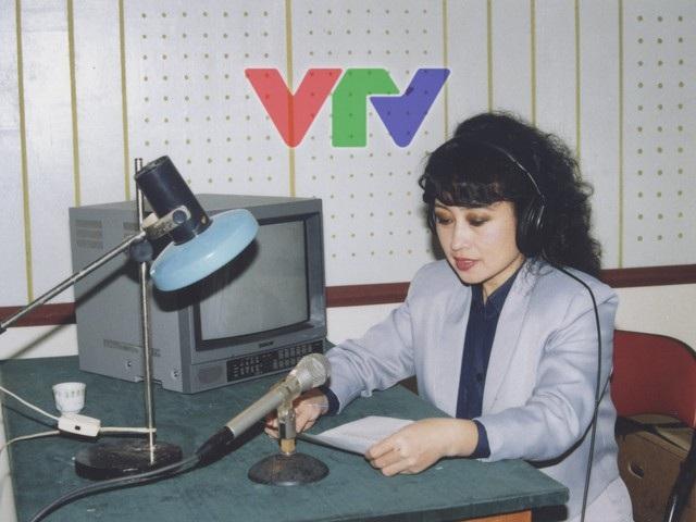Với giọng nói truyền cảm và thu hút, NSƯT Kim Tiến luôn là giọng đọc khiến hàng triệu khán thính giả nhớ tới.