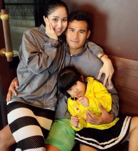Năm 2010, Thảo Trang – Thanh Bình có với nhau con gái đầu lòng. Dù không quá ồn ào nhưng cuộc sống gia đình viên mãn của cặp đôi thời điểm đó cũng được rất nhiều người ngưỡng mộ.