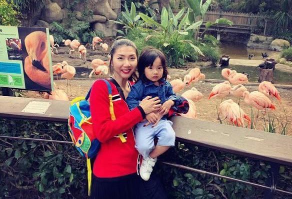 Sau ly hôn Ngọc Quyên tiếp tục công việc kinh doanh online kiếm tiền nuôi con, tuy công việc không kiếm quá nhiều tiền nhưng cũng đủ để cô hài lòng với cuộc sống hiện tại.