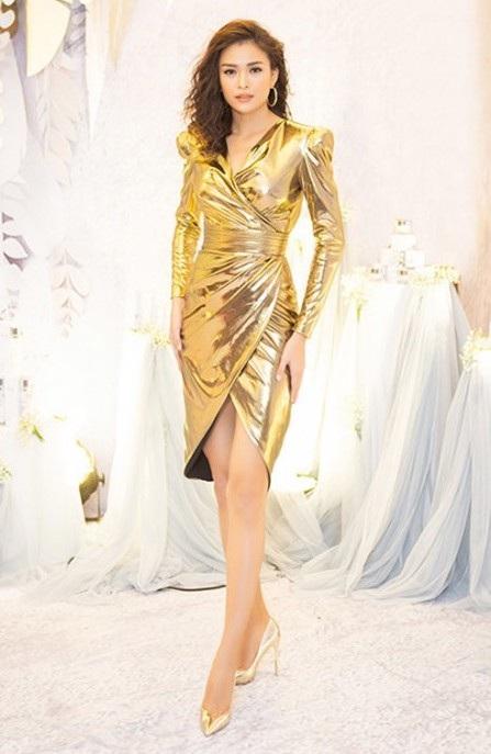 Hà Tăng diện váy áo gợi cảm; Thu Minh xé đuôi váy ngay trên sân khấu - Ảnh 6.