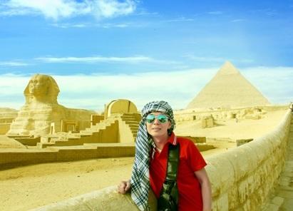 Ca sĩ Đoan Trường chia sẻ trải nghiệm nhớ đời khi đến Ai Cập sau sự cố đánh bom - Ảnh 1.
