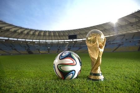 Adidas đã sẵn sàng cho World Cup 2014 với Brazuca và Samba