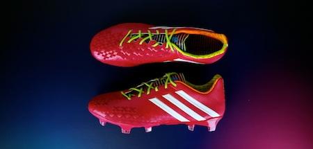 Samba adizero™ f50 – đôi giày của tốc độ