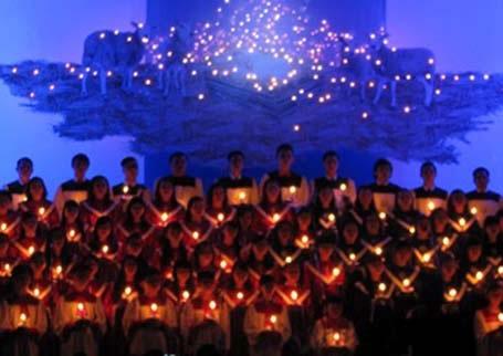Làm lễ tại nhà thờ Hòa Mỹ,Liên Chiểu, Đà Nẵng - Ảnh: Khánh Hồng