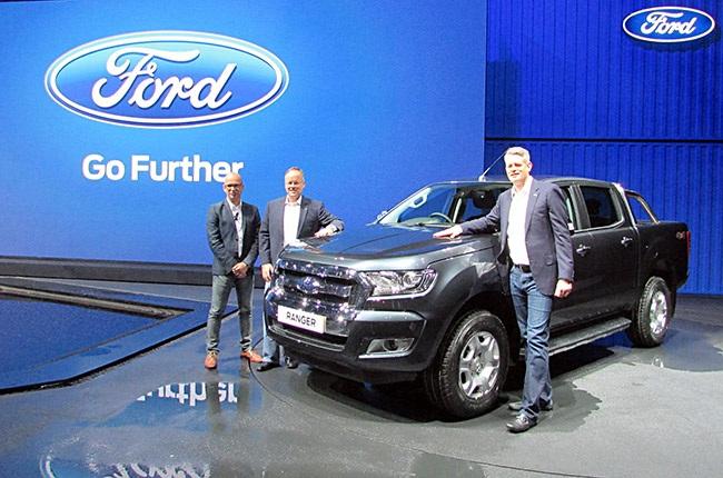 Ford Ranger mới; Thêm động cơ xăng, tăng cường tính năng điện tử