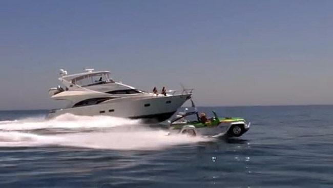 Trái tim của Panther - Bộ chuyển đổi giữa động cơ xăng và động cơ đẩy dưới nước