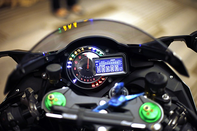 Thiết kế bảng đồng hồ chính