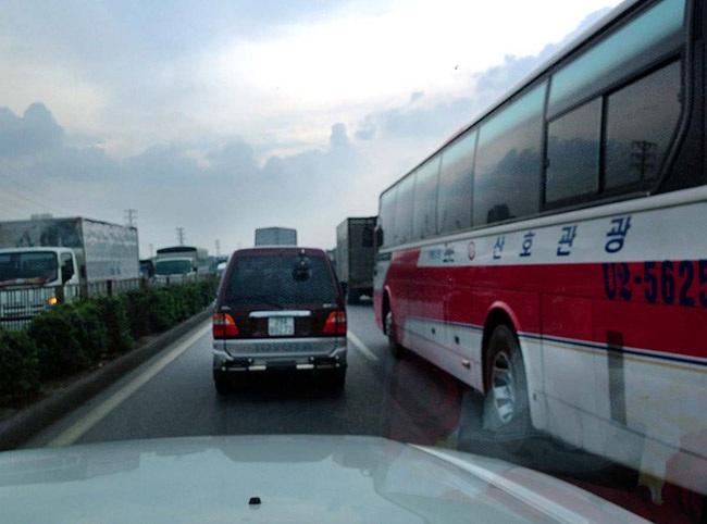 Việc lưu thông cùng các loại xe quá khổ cần sự cẩn trọng đặc biệt