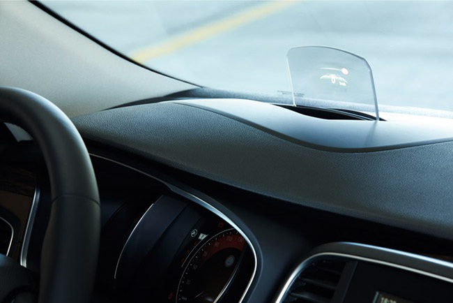"""Renault quyết làm mới cùng """"Tấm bùa"""" Talisman"""