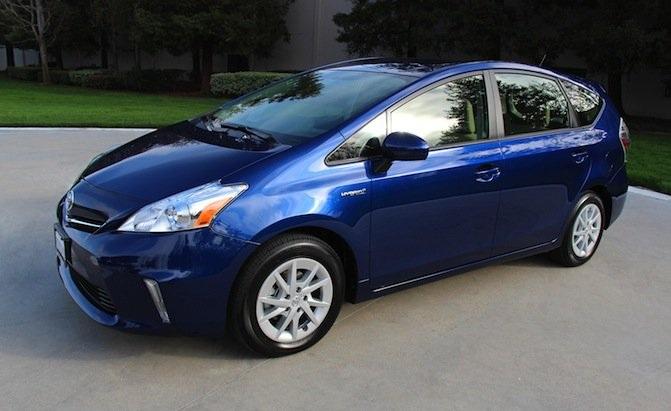 Mẫu Toyota Prius nằm trong diện triệu hồi vì lỗi phần mềm